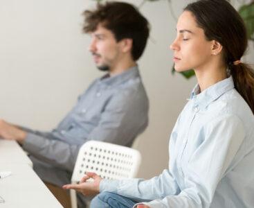4 начина да преобразите бюрото си за повече творческа енергия